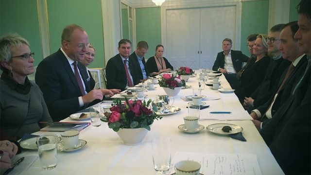 Statsministern möter Svensk kooperation